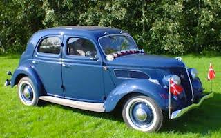 Ford Sedan Rent Fyn