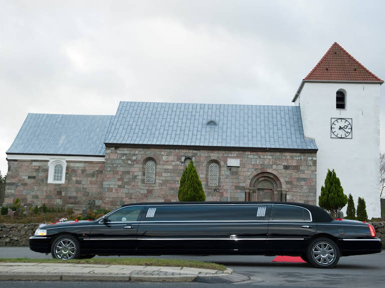 Lincoln Limousine Hire Ørsted