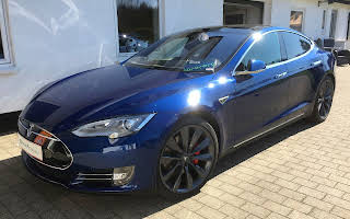 Tesla Model S P85d Rent Fyn